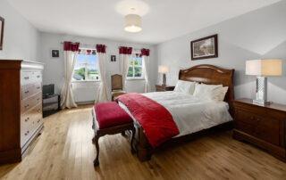 large Bedroom03